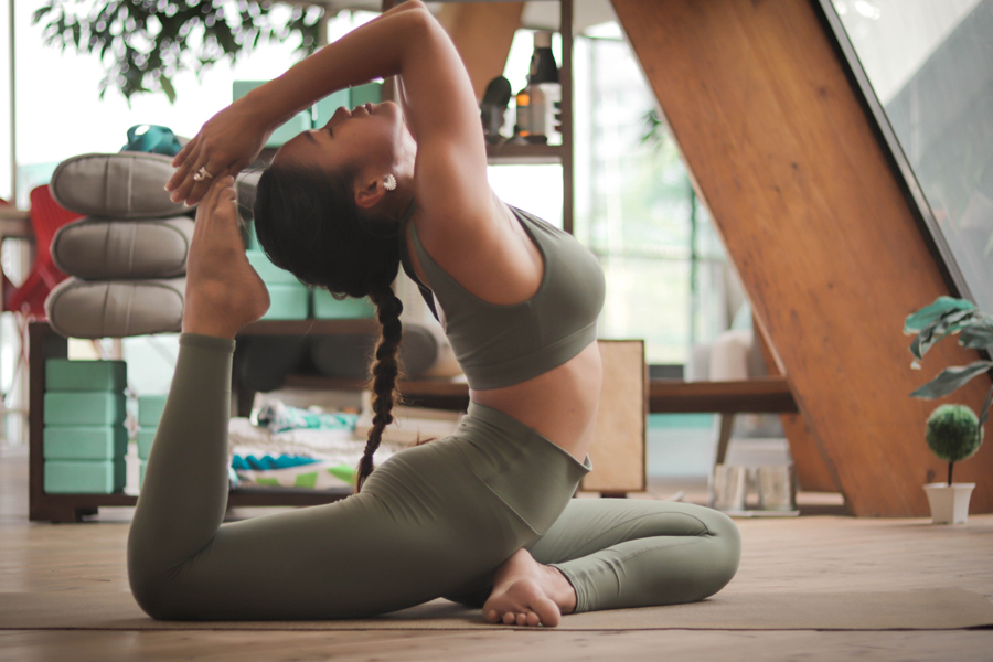 How is Yoga + Mediation Good For The Body and Mind?